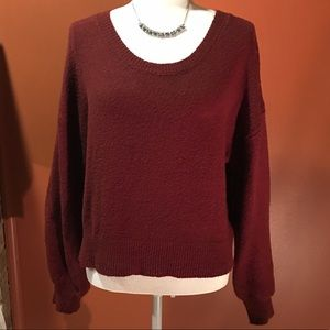 KAISELY Bell sleeved sweater